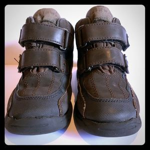 Airwalk Boys Leather Booties - Size 1.5